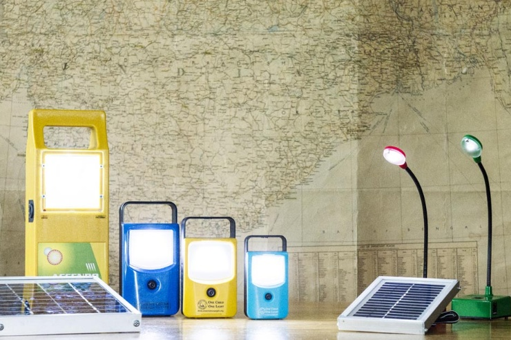Diverse Solarlampen von «green energy against poverty»