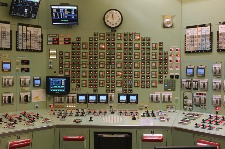 Der Krontrollraum im AKW Oyster Creek in den USA mit viel altertümlich wirkender Technik.